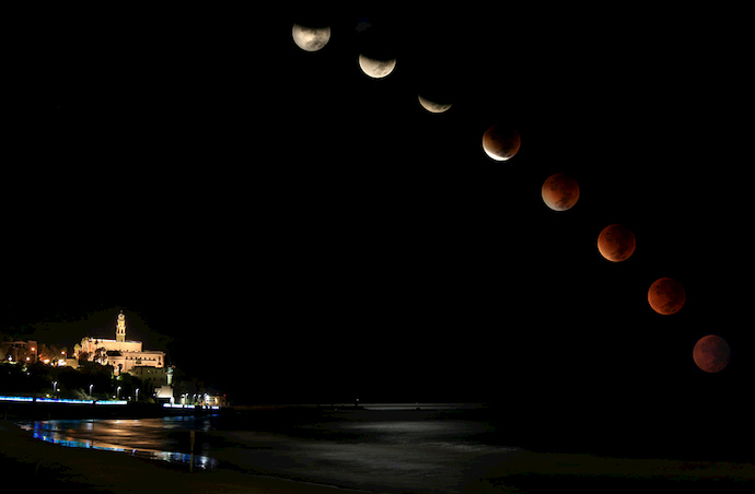 יפו בלילות ליקוי ירח