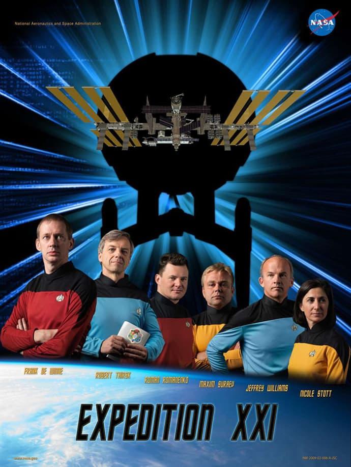 פוסטר משלחת אסטרונאוטים לפי הסרט סטאר-טרק