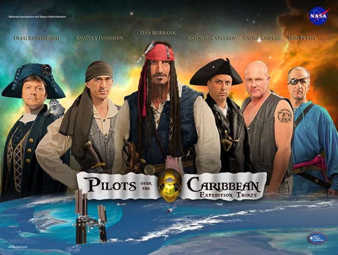 פוסטר משלחת אסטרונאוטים לפי הסרט Pirates of the Caribbean