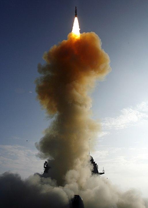 טיל SM-3 ששוגר ב-2008 מספינת חיל הים האמריקני – והשמיד לוויין תקשורת אמריקני. קרדיט: חיל הים האמריקני