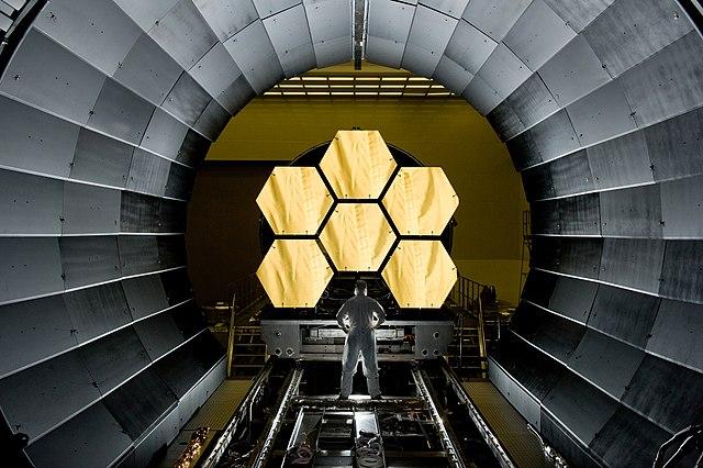 מקטעי המראות של טלסקופ החלל ג'יימס ווב, שעתיד לשמש לוויין מחקר