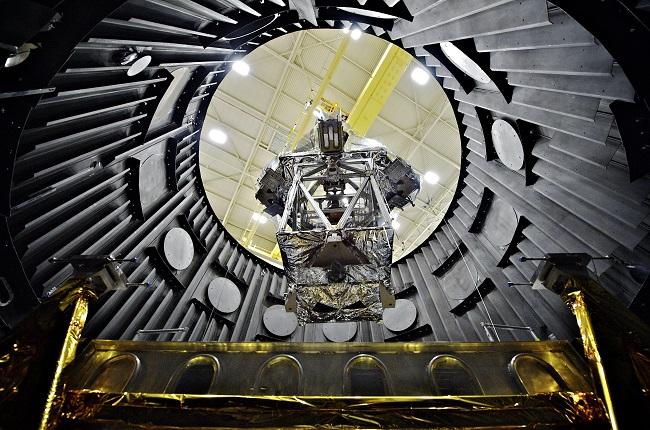 טלסקופ החלל ג'יימס ווב שישוגר בסוף 2018 |  NASA/Chris Gunn