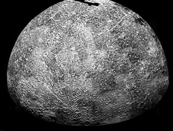 פני השטח של כוכב חמה, כפי שצולמו מהחללית מסנג'ר | NASA