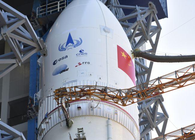 המשגר הכבד לונג מארץ' 5 עומד מוכן על כן השיגור ב-17 ביולי. קרדיט: CNSA