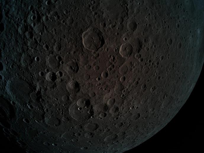 """הצד """"האפל"""" (הרחוק) של הירח, כפי שצולם ב-5 באפריל על ידי בראשית. קרדיט: SpaceIL"""