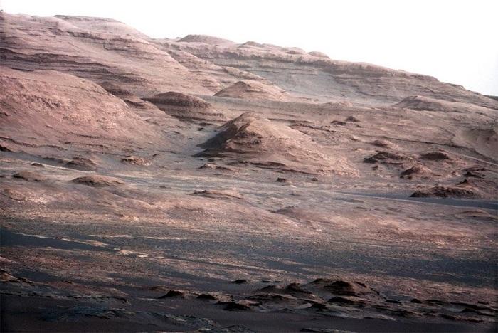 הר שארפ במאדים, שצולם על ידי הרובר קיוריוסיטי | קרדיט: NASA/JPL-Caltech