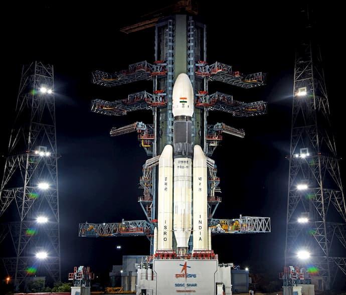 צ'אנדריאן 2 על כן השיגור במרכז החלל סאטיש דאוון בשבוע שעבר. קרדיט: ISRO