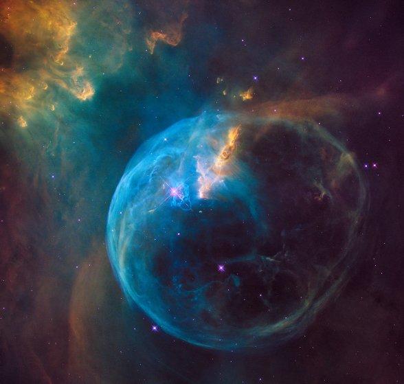 ערפילית הבועה (NGC7635) במרחק 8,000 שנות אור | NASA/ESA/Hubble Heritage Team