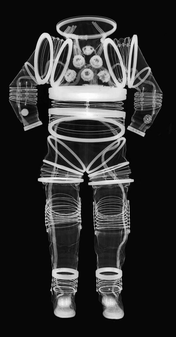 חליפת חלל ניסיונית EX1-A | צילום: Mark Avino-Smithsonian Institution