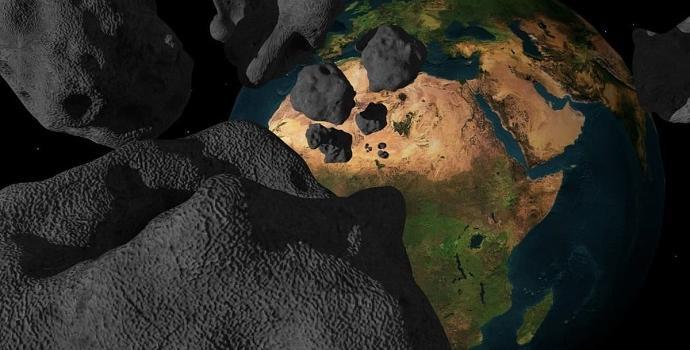 פיצוץ אסטרואיד במסלול התנגשות עם כדור הארץ