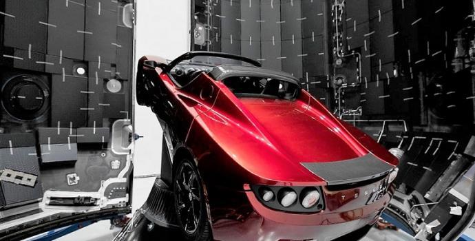 המכונית המהירה ביותר במערכת השמש