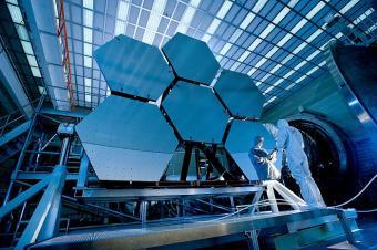 בדיקות על טלסקופ החלל ג'יימס ווב | צילום: NASA