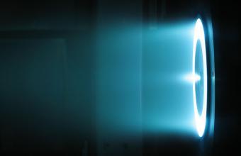 מנוע פלזמה מבוסס גז קסנון | התמונה להמחשה בלבד ובאדיבות NASA/JPL-Caltech