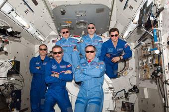 צוות משימה 34 בתחנת החלל הבינלאומית | צילום: NASA