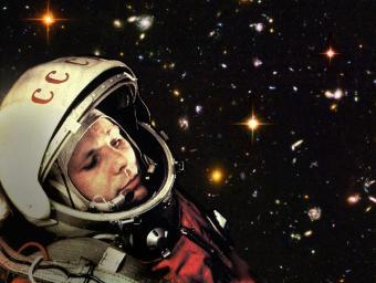יורי גגארין על רקע חלל עמוק | עיבוד: Robert Couse-Baker | צילומים: TASS ;NASA