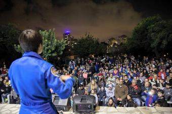 סמנתה כריסטופורטי בהרצאה במצפה הכוכבים גבעתיים בשבוע החלל הישראלי 2016