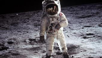 התמונה האיקונית של באז אולדרין על הירח | צילום: NASA