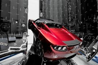 שיגור טסלה: המכונית המהירה ביותר במערכת השמש