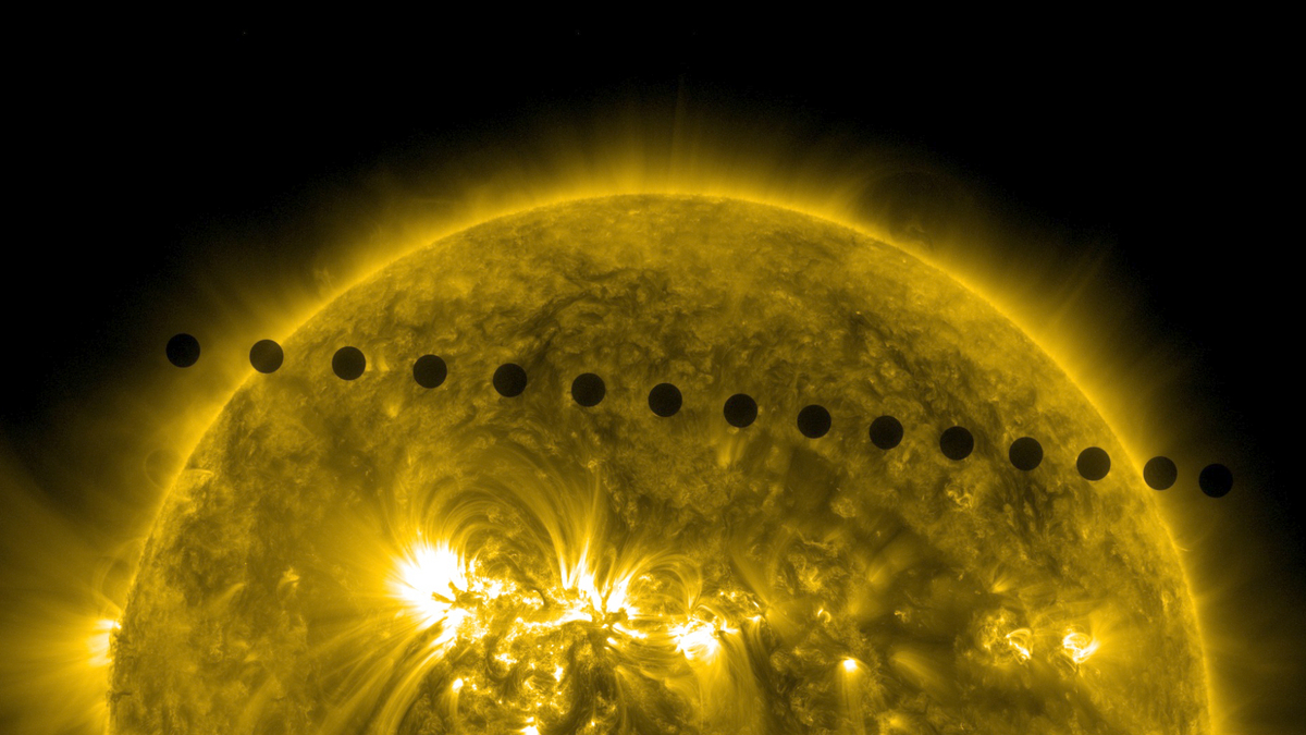 מעבר נדיר של כוכב נוגה על פני השמש ביוני 2012. המעבר הבא יתרחש ב- 2117 | צילום: NASA/SDO/Goddard